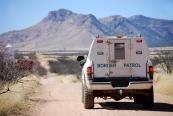 border-patrol-truck-arizona-mexico