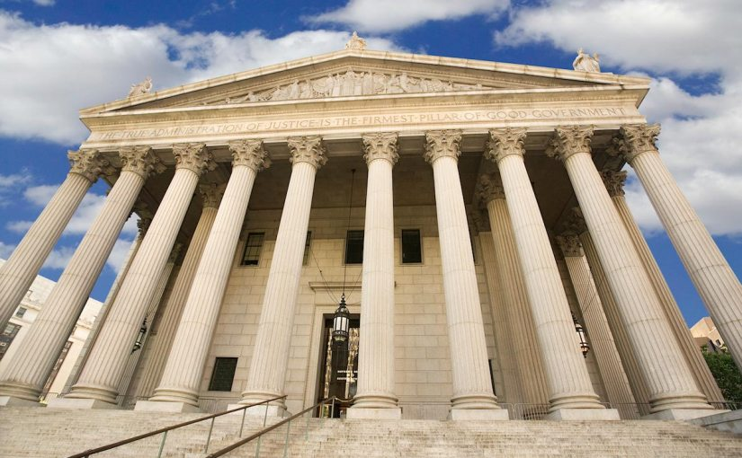 Majority of Supreme Court justices appear sympathetic to Christian baker over refusal to bake cake for gaywedding