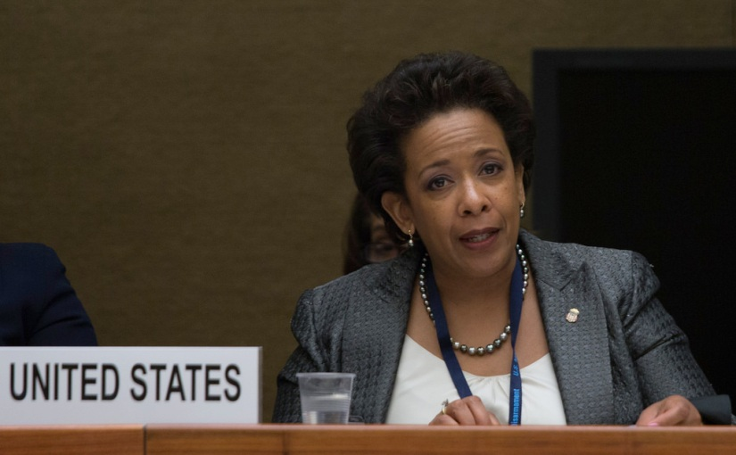 Did Loretta Lynch set herself up to fall over the CLINTON emailscandal?