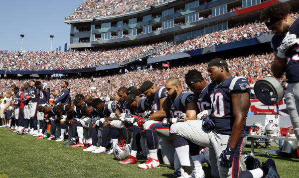 Bill to end federal funding of sports stadiums may make progress in wake of NFLprotests