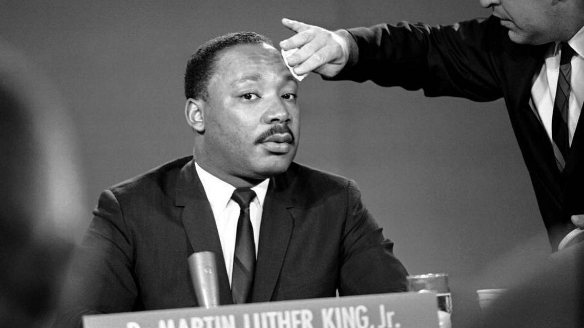 the early philosophical influences of martin luther king jr It's no big secret that martin luther king jr took great inspiration from mahatma gandhi in pushing forward his civil rights movement although the two never met personally, dr king was.